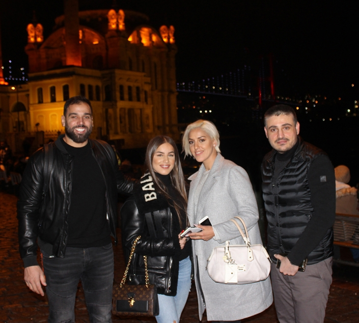 Où Noré Abdelali a fait la greffe de cheveux à istanbul
